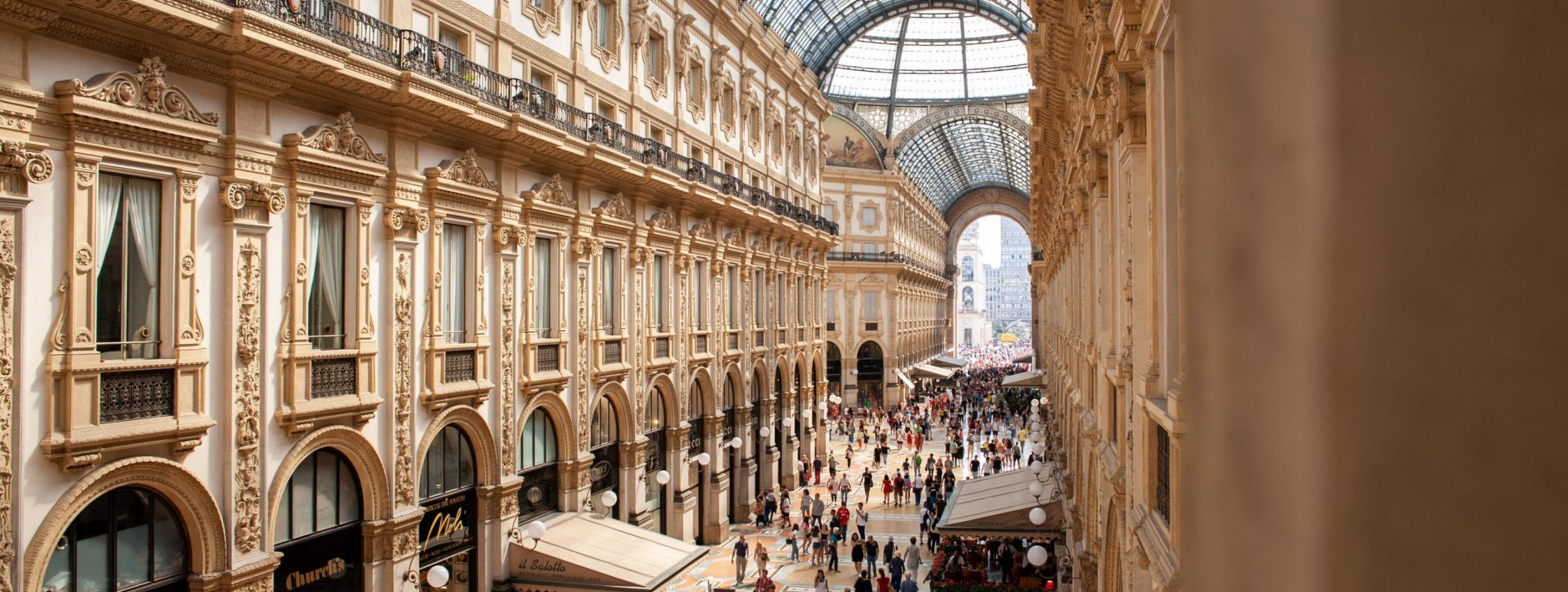 people-inside-galleria-vittorio-emanuele-ii-shopping-mall-in-2954412